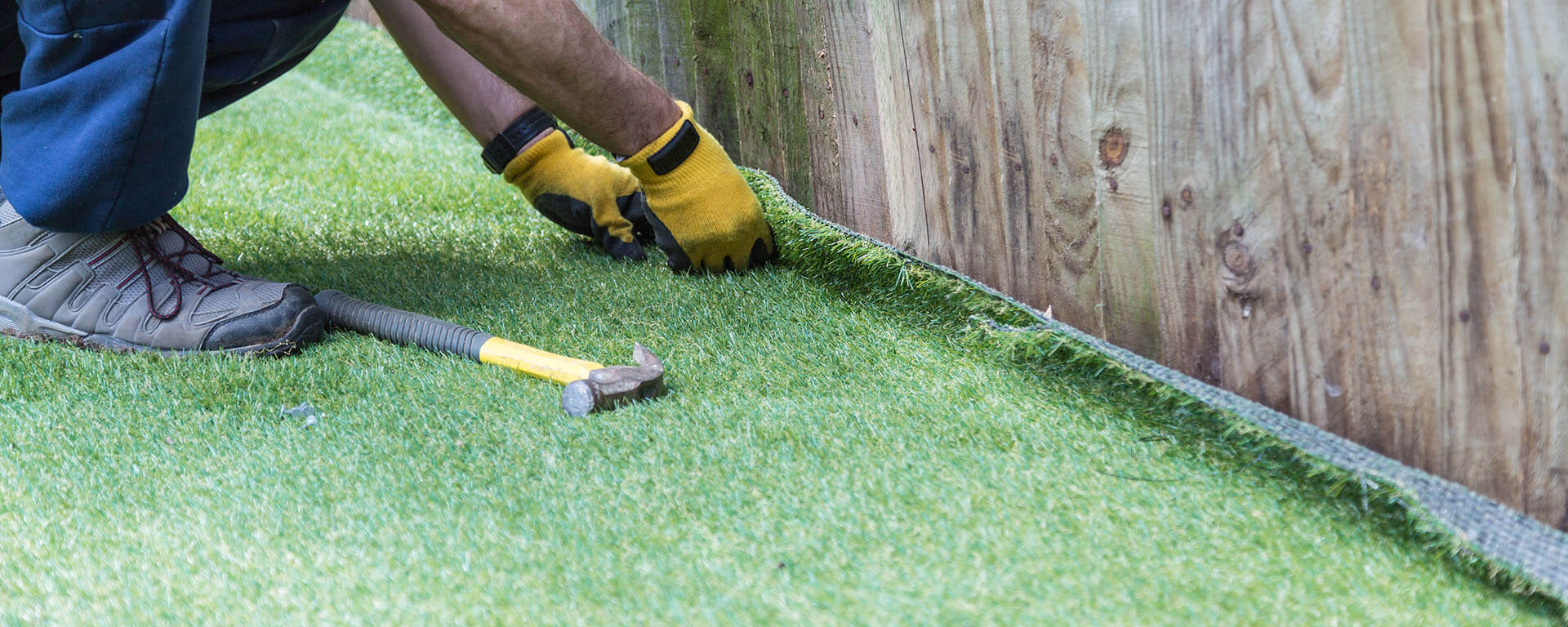 Tampa Artificial Grass Installation, Putting Green Installation and Synthetic Turf Installation